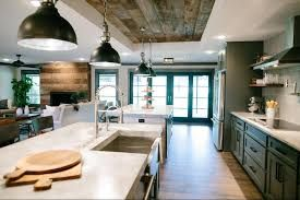 Image Result For Fixer Upper Season 3 Episode 11 Fixer Upper House Kitchen Layout Fixer Upper Kitchen