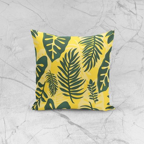 Cuscini Per Divani Classici.Yellow Pillow With Leafs And Jungle Style Cuscini Decorativi