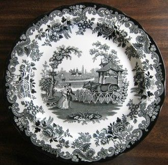 black and white transferware set tablere
