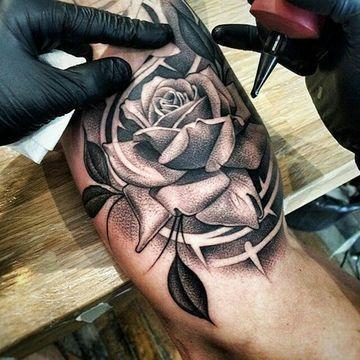 117 Tatuajes De Flores Para Hombres Masculinos Tatuajes De Rosas Para Hombres Tatuajes Chiquitos Tatuaje Rosa Negra