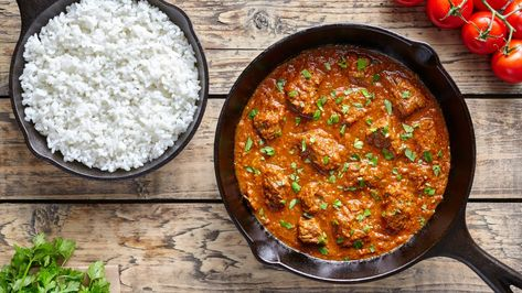 How to Cook A Simple Beef Madras MAN'S BLACK BOOK