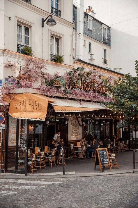 Blogger's Travel Guide to Paris   Top Things to Do and See in Paris #paris #france #travelguide Montmartre Paris, Oh Paris, Paris Cafe, Paris Night, Paris Flat, Paris Winter, Paris Summer, Romance Em Paris, Paris Photography