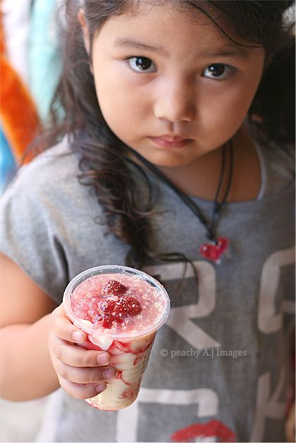 Baguio's Strawberry Taho | Bevs | Peach kitchen, Island food, Baguio