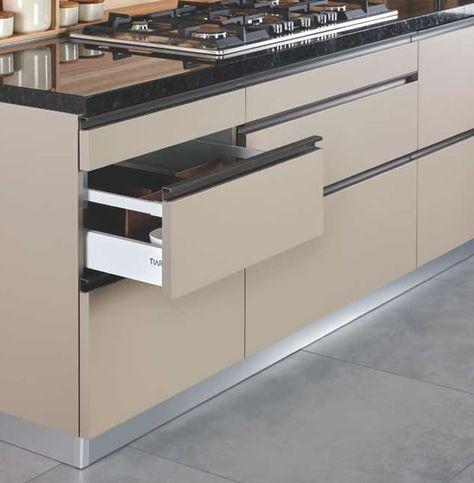 T5 Custom Kitchen Furniture