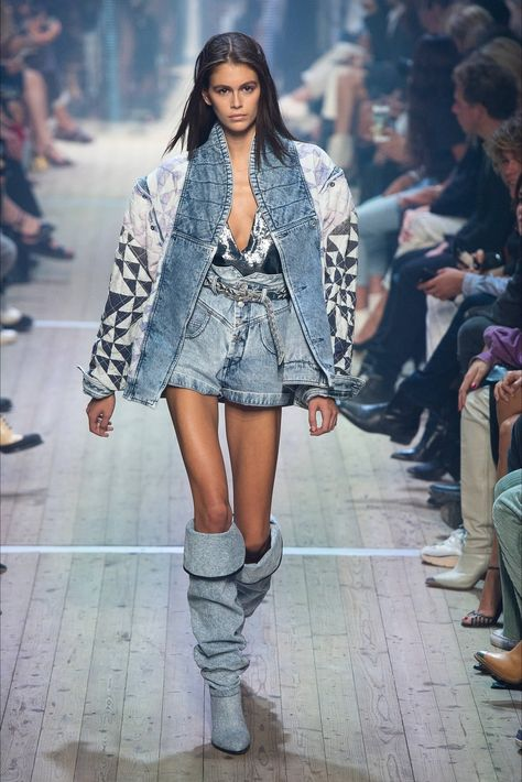 Isabel Marant Spring 2019 Ready-to-Wear Collection - Vogue Paris Fashion Week