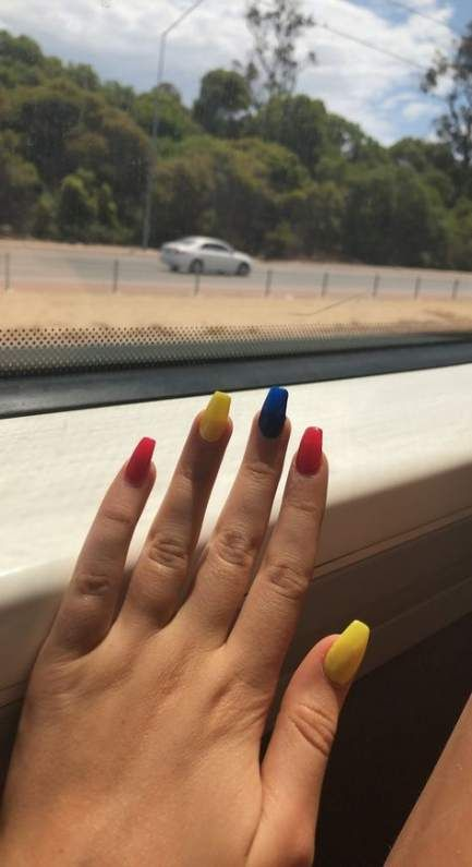 Nails Red Blue Yellow 19 Trendy Ideas Acrylic Nails Yellow Trendy Nails Red Nails