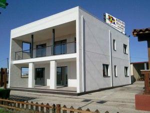casa de hormign modelo mikonos de m de estilo minimalista