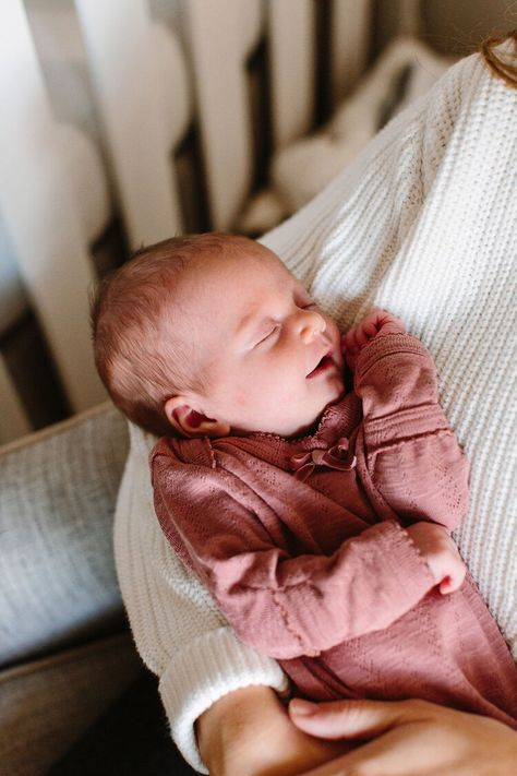 Suzy Collins captures in-home newborn photos during a fall family session in Knoxville, TN. Newborn Baby Photos, Newborn Session, Cute Newborn Baby Girl, Newborn Poses, Newborn Babies, Baby Outfits Newborn, Newborns, Little Babies, Baby Kids