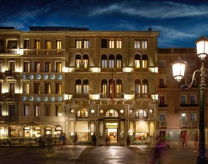 16 Best Hotels In Venice Venice Hotels Best Hotels In Venice Best Hotels