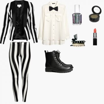 Happy halloween from beetlejuice street fem waters riley happy halloween from beetlejuice street fem waters riley pinterest beetlejuice happy halloween and costumes solutioingenieria Image collections