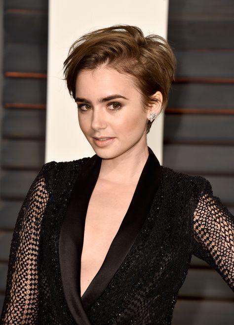 tilbagestrøget hår kvinder