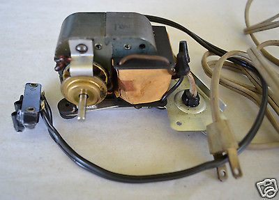 117 Volt 60 Cy Motor From 1961 Smith Corona Electric Typewriter Parts Steampunk Ebay