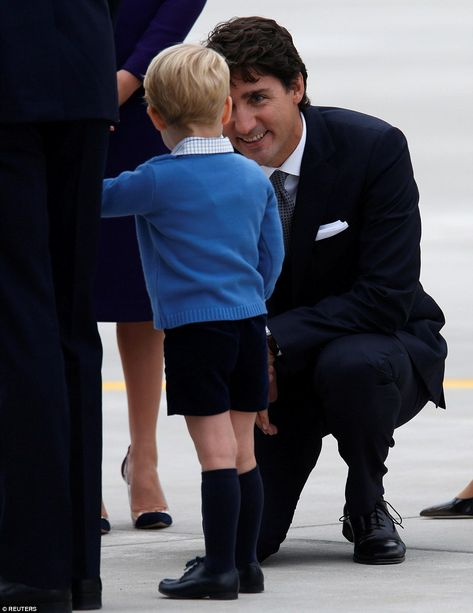 dailymail:  Canada Tour, Day 1, Victoria, British Columbia, September 24, 2016-Prince Minister Justin Trudeau speaks with Prince George
