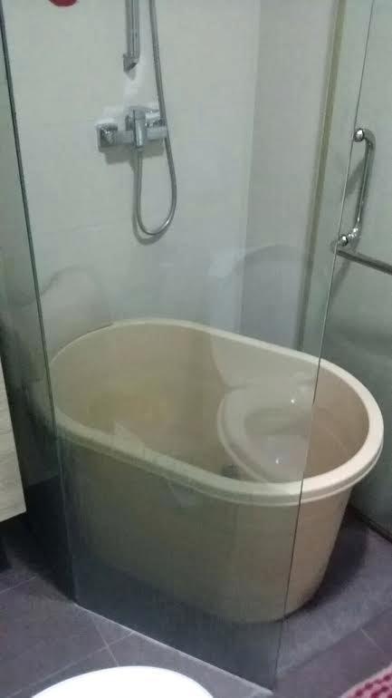 63 small square bathtub small bathtub