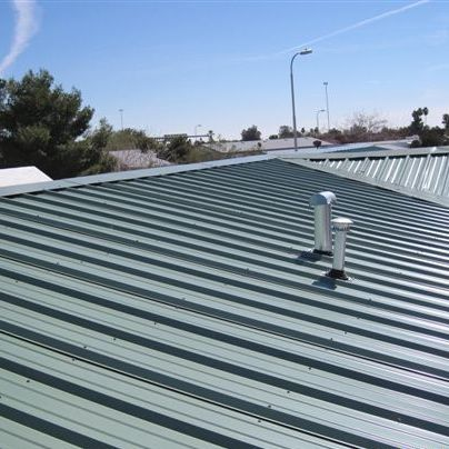 What Is The Cost Of A Metal Roof In 2020 Metal Roof Residential Metal Roofing Standing Seam Metal Roof