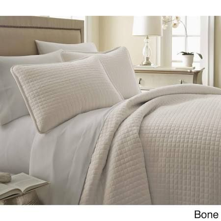 Cream King Quilt Google Search Quilt Sets Bedding Sets Bedding Stores