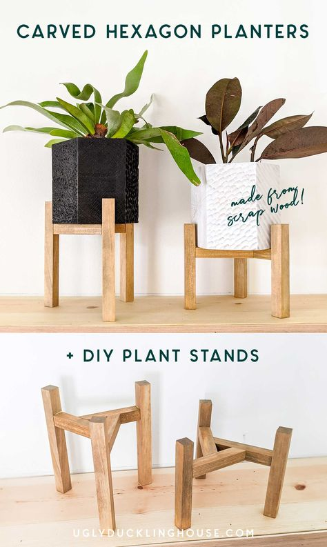 Two for one tutorial! How to make these sweet little hexagonal planters with CARVED WOOD TEXTURE (made from dremels and other grinding tools) and triangular plant stands to hold them! Do one or both projects, it Palette Diy, Wood Plant Stand, Outdoor Plant Stands, Diy Holz, Wood Texture, Diy Wood Projects, Best Diy Projects, Dremel Tool Projects, Diy House Projects