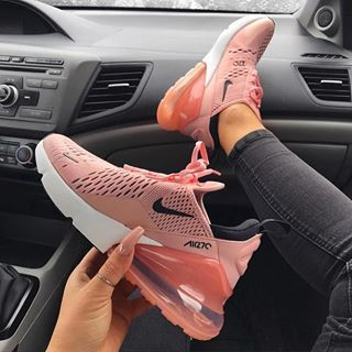 Por el contrario carril Elevado  Follow on ig: @robertaramirezz | Nike air shoes, Nike air max pink, Sneakers