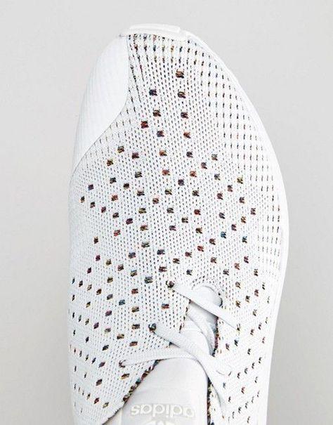 3D Knit Pattern Square Color White