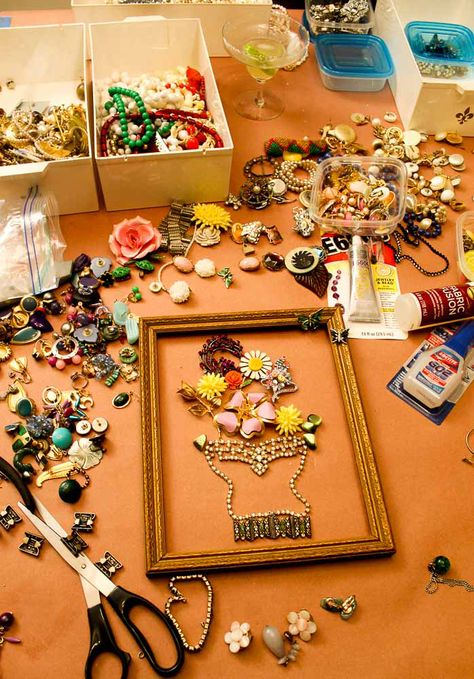 making-art-from-broken-vintage-costume-jewelry-retro-renovation/ - The world's most private search engine Costume Jewelry Crafts, Vintage Jewelry Crafts, Recycled Jewelry, Vintage Costume Jewelry, Vintage Costumes, Jewelry Art, Antique Jewelry, Silver Jewelry, Fashion Jewelry