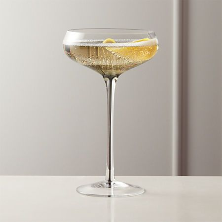 Reina Smoke Coupe Cocktail Glass Reviews In 2020 With Images Cocktail Glass Glass Champagne Coupe Glasses