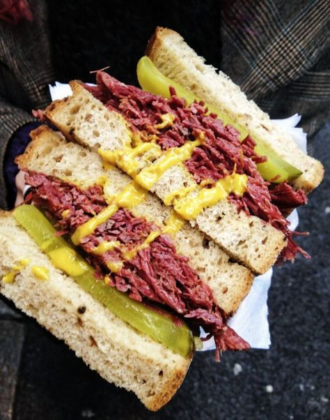 Homemade Pastrami Just Like Katz S New York Deli Wildflour S Cottage Kitchen Recipe Deli Food Homemade Pastrami Deli Sandwiches