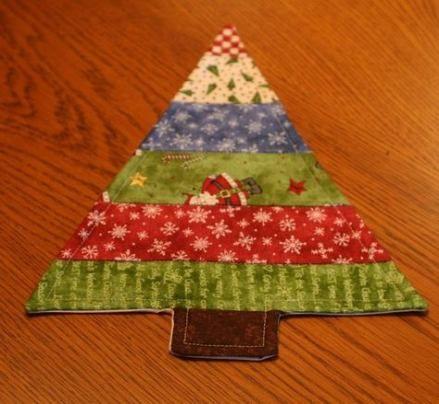 Country Quilting To Make Christmas Trees 29 Ideas For 2019 Quilting How To Make Christmas Tree Fabric Coasters Mug Rug