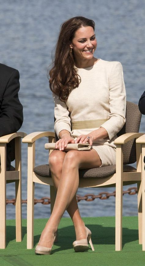 Pin by Texas Leaguer on Kate Middletons Phabulous Legs in