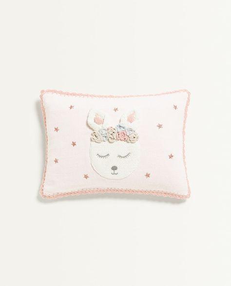 Kissenbezug Mit Hase Kissen Schlafzimmer Kinder Zara Home
