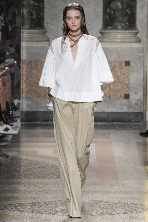 Les Copains Milan Spring/Summer 2017 Ready-To-Wear Collection