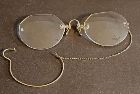 66b17d99d30 Antique Gold PINCE NEZ Rimless Bifocals Eyeglasses Spectacles w  Ear Loop   HARDVSeePicture