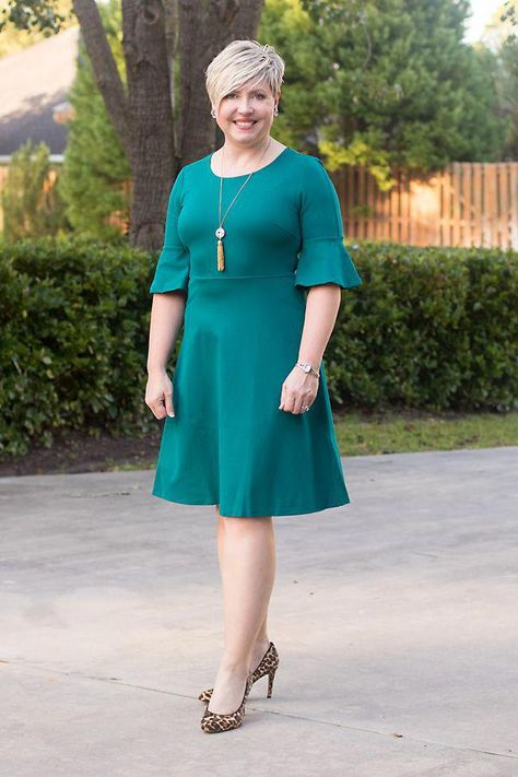 Fashion A to Z: Nine Styles of Dresses- A fit and flare dress is perfect for wider hips and curvy women. #fashionover40 #style #ladysfashionover40jeans