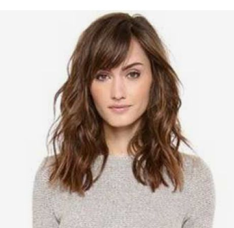 Medium Length Wavy Hair With Bangs Medium Length Hair With Bangs Medium Length Wavy Hair Haircuts For Wavy Hair