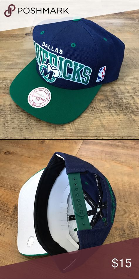 395c91aea555b Mitchell   Ness NBA Snapback Hat -- Dallas Mavs Navy Blue Green -- M N  Brand Snapback Hat -- Dallas Mavericks -- Gently Used
