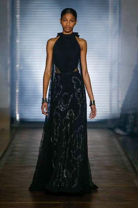 Abiti Da Sera Givenchy.Givenchy Spring 2018 Couture Fashion Show Abiti Abbigliamento E
