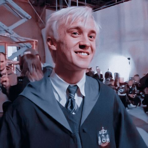 Draco Harry Potter, Harry Potter Icons, Harry Potter Characters, Tom Felton Harry Potter, Snape And Hermione, Severus Snape, Hermione Granger, Draco Malfoy Aesthetic, Slytherin Aesthetic