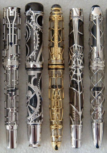Steampunk by Mont Blanc Stylo Art, Expensive Pens, Steampunk Accessoires, Steampunk Gadgets, Sonic Screwdriver, Best Pens, Fountain Pen Ink, Pen And Paper, Writing Instruments