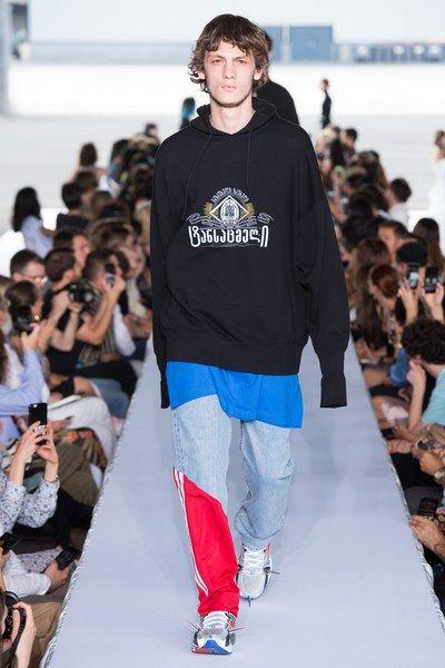 Vetements Spring 2019 Menswear Fashion Show | Menswear