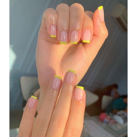 "Esmalte 💅🏻✨ en Instagram: ""Neon French 💛⚡️"""