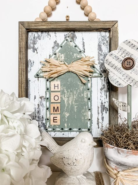 Diy Projects To Try, Diy Craft Projects, Decor Crafts, Diy Crafts, Craft Ideas, Decorating Ideas, Dollar Tree Decor, Dollar Tree Crafts, Dollar Tree Store