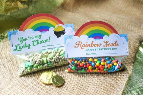 Patrick's Day Treat Bag Toppers Printables by JustAddConfetti Lucky Charms Treats, Lucky Charms Cereal, St Patrick Day Treats, St Patrick's Day Decorations, Classroom Treats, Bag Toppers, Favorite Candy, Treat Bags, Diy Crafts For Kids