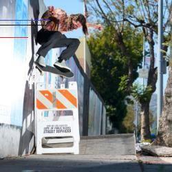 Whitecandleswedding Der Nike Sb Zoom Stefan Janoski Slip Mid Rm Ist Ein Schuh Zum Hineinschlüpfen Der Vom Klassischen Design Des Nike Sb Skateboarding Nike