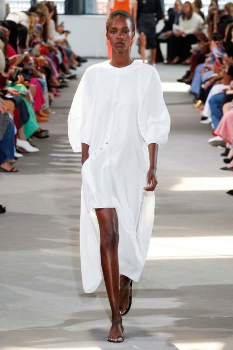 Tibi ready-to-wear spring/summer '18 - Vogue Australia
