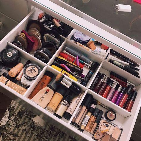 Get Organized Your Makeup Makeup Storage Small Diy Makeup Storage Space Makeup