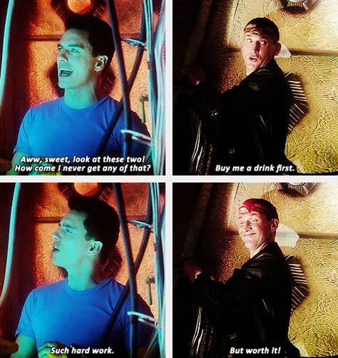 Nine gif set But worth it! Jack and the Ninth Doctor Doctor Who Boom Town David Tennant, Chris Evans, Fandoms, Sherlock, Supernatural, Ninth Doctor, Diy Doctor, Captain Jack Harkness, John Barrowman