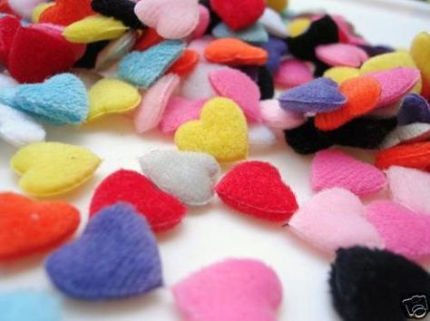200 Assorted Gingham Check Mini Heart Fabric Applique Mix//Craft//Trim//Sewing H279