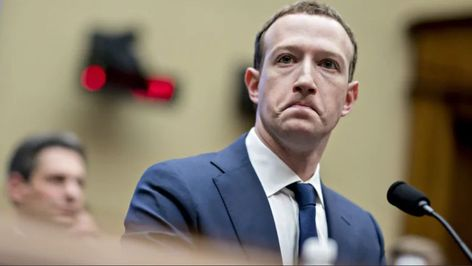 """The U.S. government has confirmed the fine of 5,000 million dollars that the Federal Trade Commission (FTC) imposed last day 12 to technology giant Facebook for faults in the privacy system of the company, according to official sources. The sanction of 5,000 million to Facebook is the largest imposed on a company """"for violating the […]  #CambridgeAnalytica, #Facebook, #FederalTradeCommission, #Fine, #FTC, #Privacy, #SEC, #SecuritiesAndExchangeCommission"""