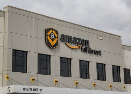 Amazon Is Paying Employees To Tweet Nice Things About Its