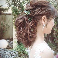 ミディアム ボブ ふんわり可愛いブライダルヘア 髪型まとめ Marry