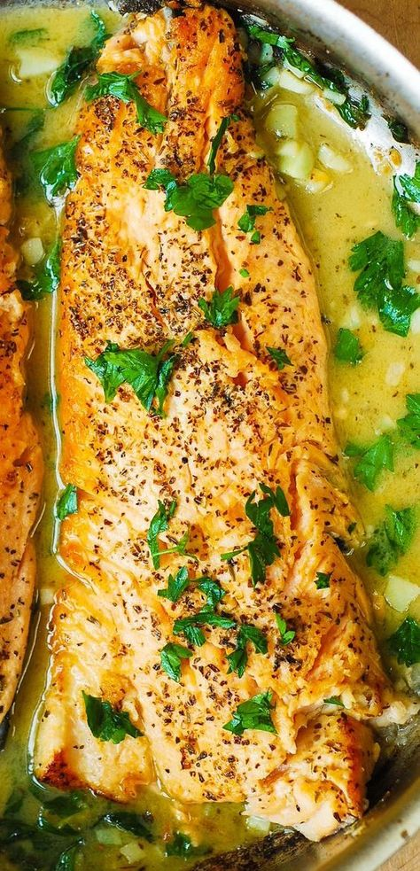 Trout with Garlic Lemon Butter Herb Sauce - 30 minute recipe. Italian herb seasoning, chopped fresh parsley and garlic. Trout with Garlic Lemon Butter Herb Sauce - 30 minute recipe. Italian herb seasoning, chopped fresh parsley and garlic. I Love Food, Good Food, Yummy Food, Tasty, New Recipes, Cooking Recipes, Healthy Recipes, Cooking Fish, Recipies